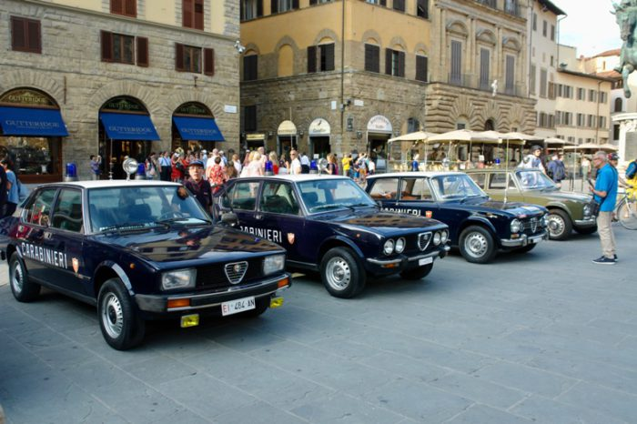 il CAMET in Piazza Signoria per i 250 anni della fondazione dell'Arma dei Carabinieri