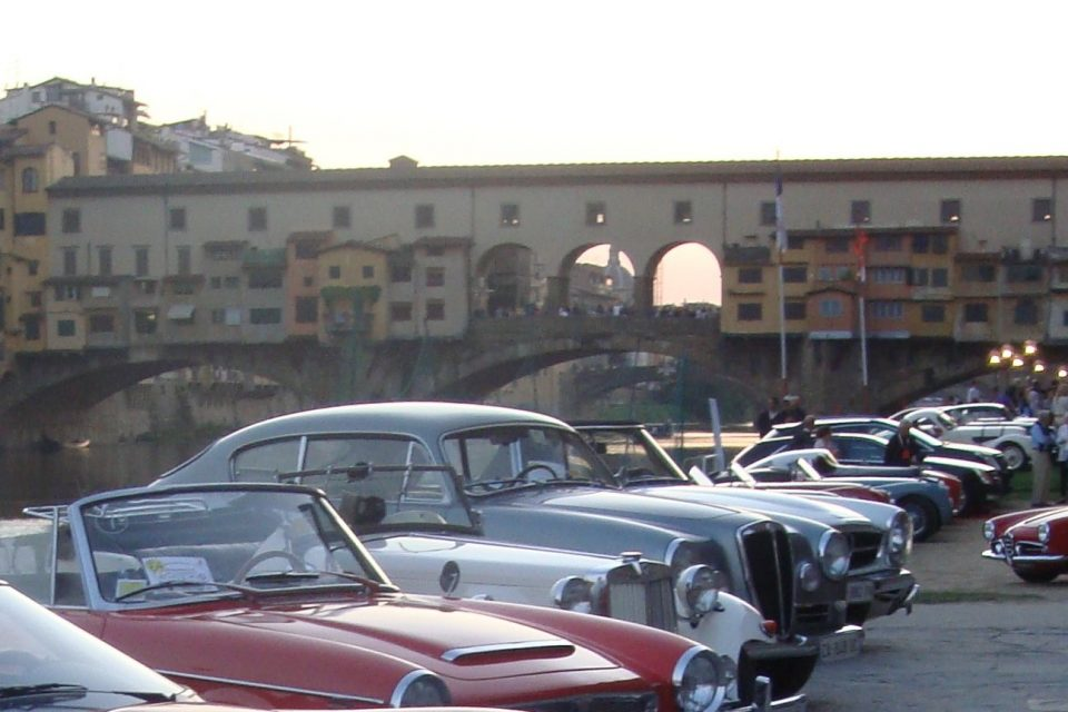 La città di Firenze apre alla circolazione dei veicoli storici